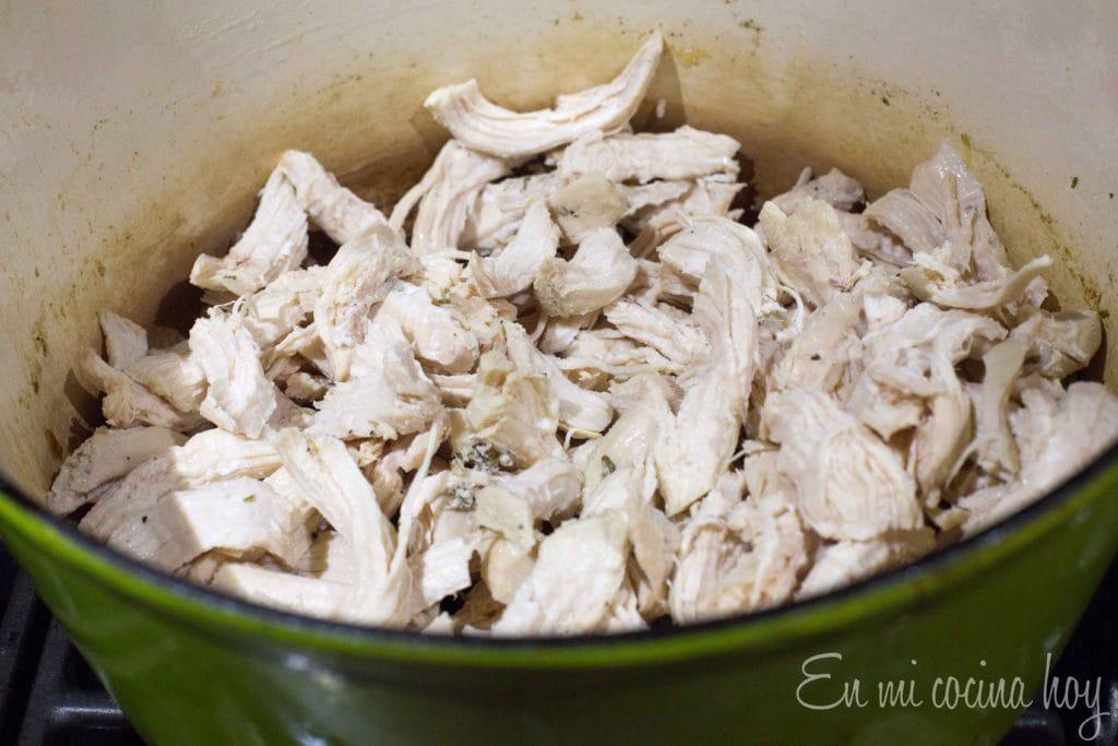 pollo desmenuzado